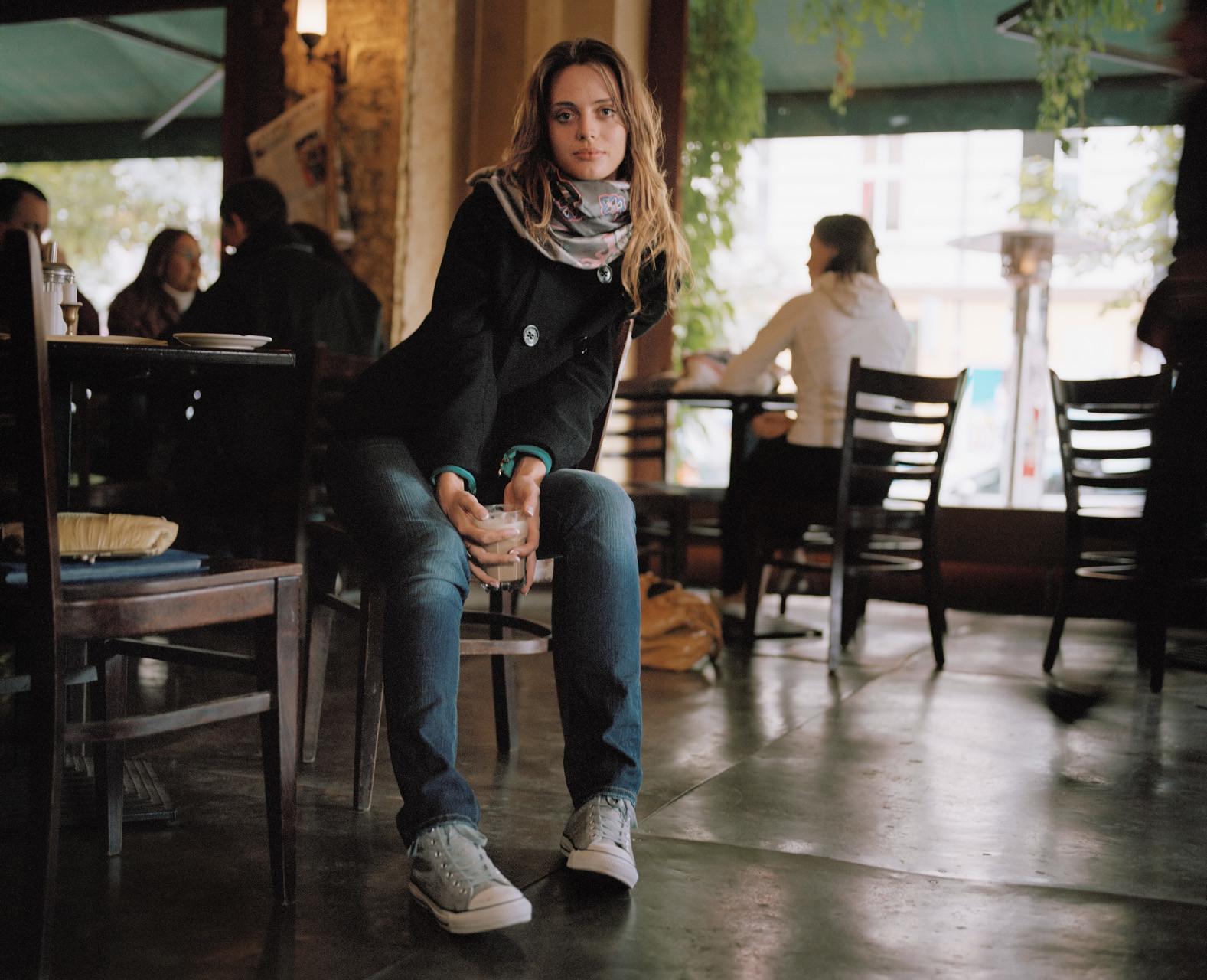 timo-stammberger-photography-berlin-beauty-model-kastanienallee-portrait