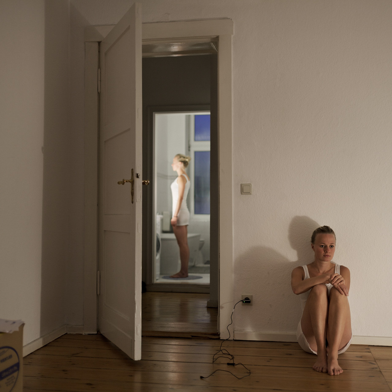Timo_Stammberger_Woman_Berlin_Interior_Portrait
