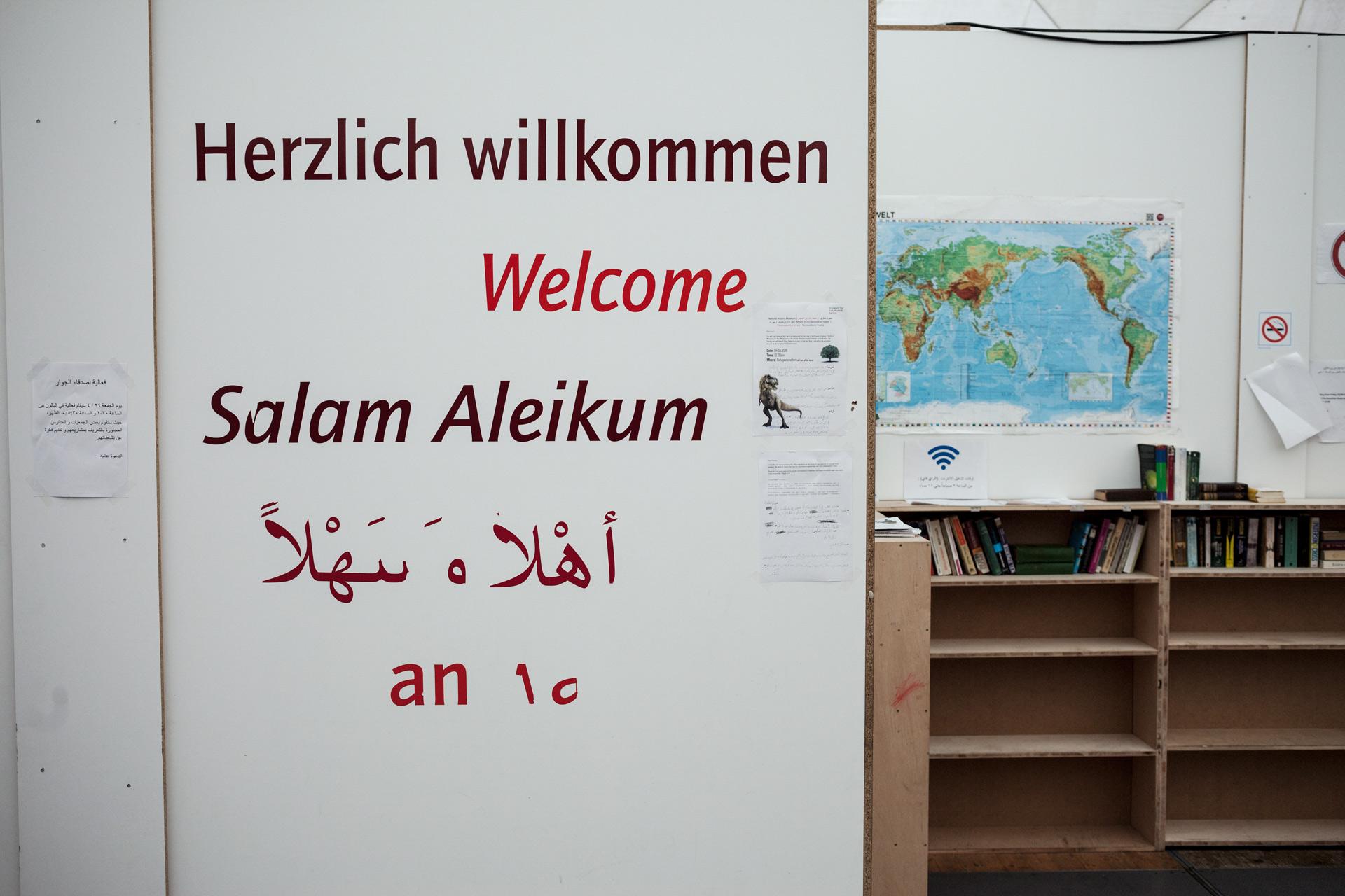 timo-stammberger-photography-fluechtlinge-refugees-berlin-migration-notunterkunft_02