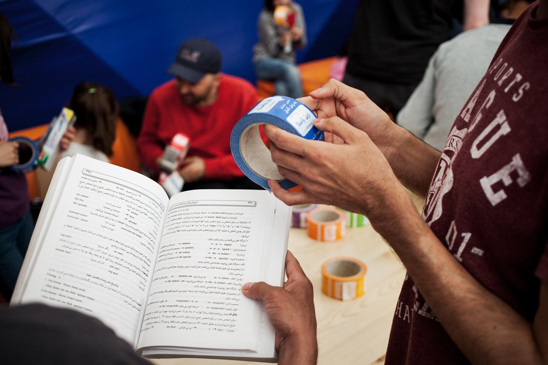 timo-stammberger-photography-fluechtlinge-refugees-berlin-migration-notunterkunft_09