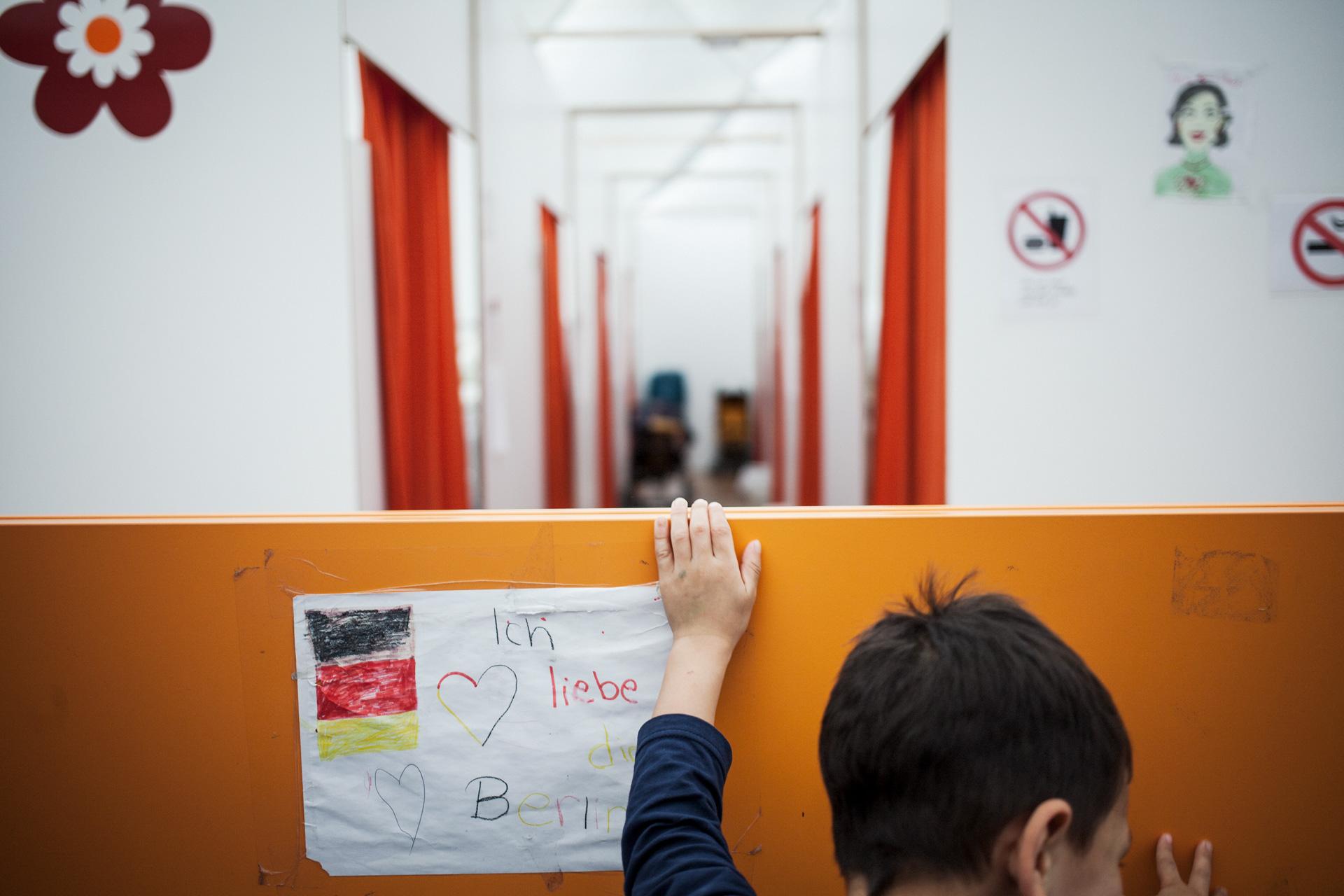 timo-stammberger-photography-fluechtlinge-refugees-berlin-migration-notunterkunft_12