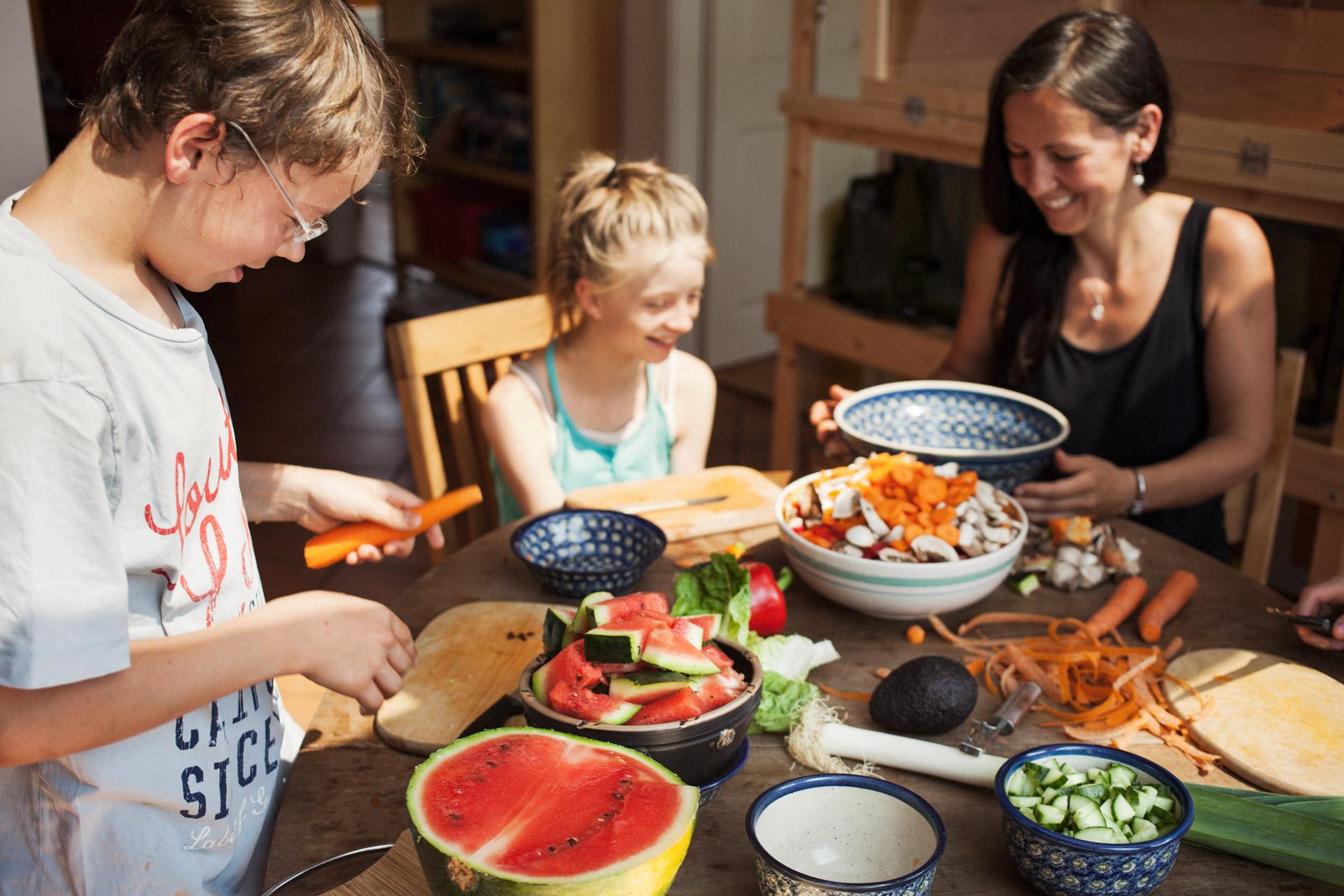 timo-stammberger-photography-fotografie-kinder-kochen-gesundes-essen-healthy-happy-food-plant-based-vegan-cooking